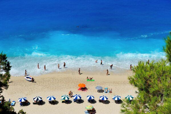 Strandurlaub Sonnenschirme
