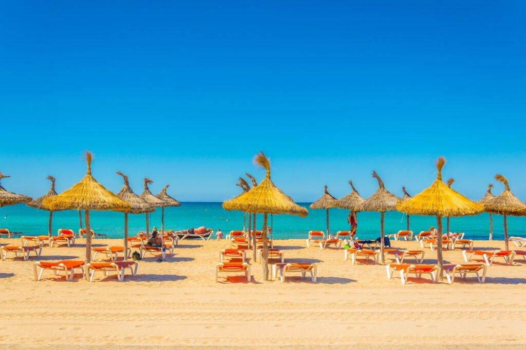 Playa de Palma Sonnenschirme